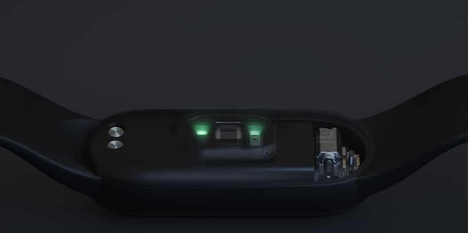 Новый Xiaomi Mi Band 5 теперь можно купить на AliExpress