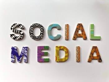 Вот как компании должны действовать в социальных сетях