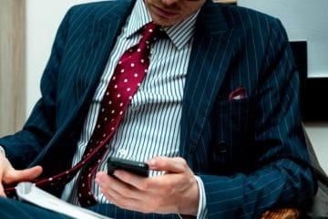 Любители ориентируются на первую продажу. Эксперты делают ставку на высококлассный продукт.