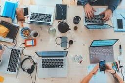 Три бесплатных способа привлечь трафик в ваш бизнес в 2021 году: TikTok, Pinterest, Medium